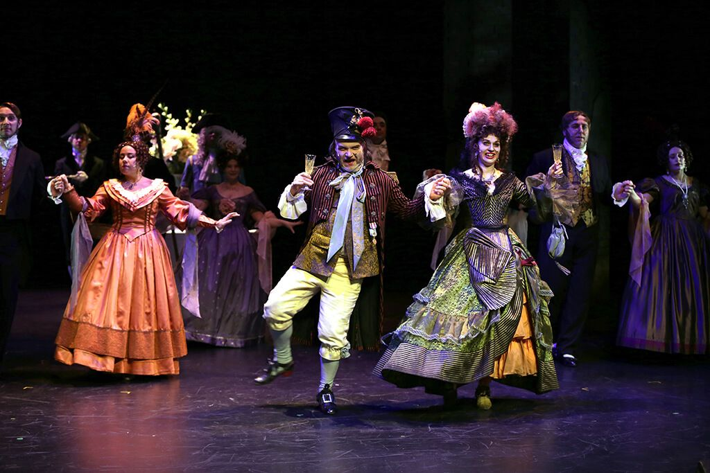 Kostumer til teater