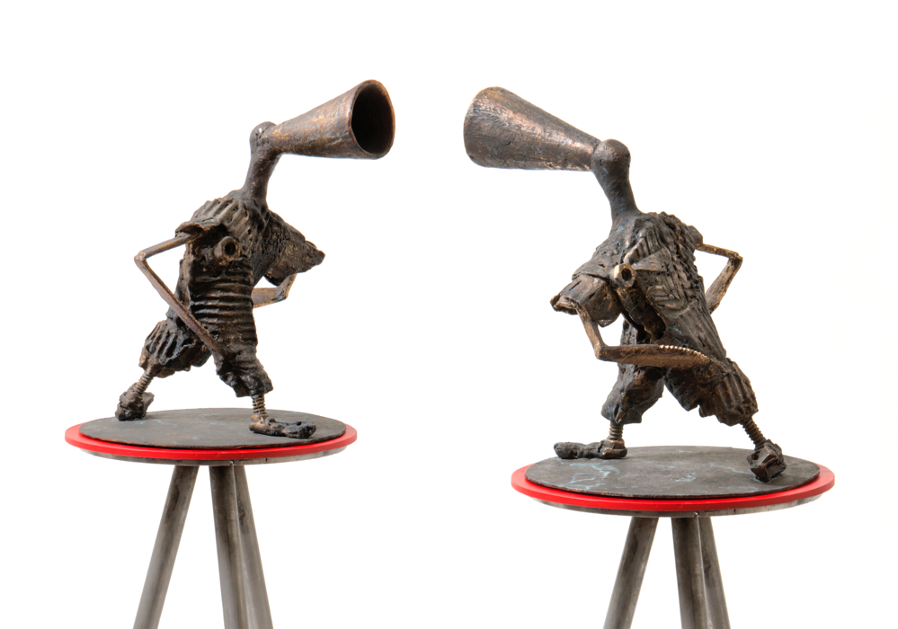 """Agitator"", bronze (cire perdu), mål 9x37x18 cm."