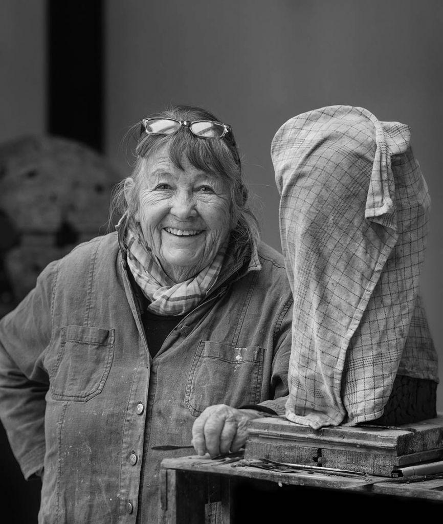 Billedhuggeren Gerda  une Andersen (DK)