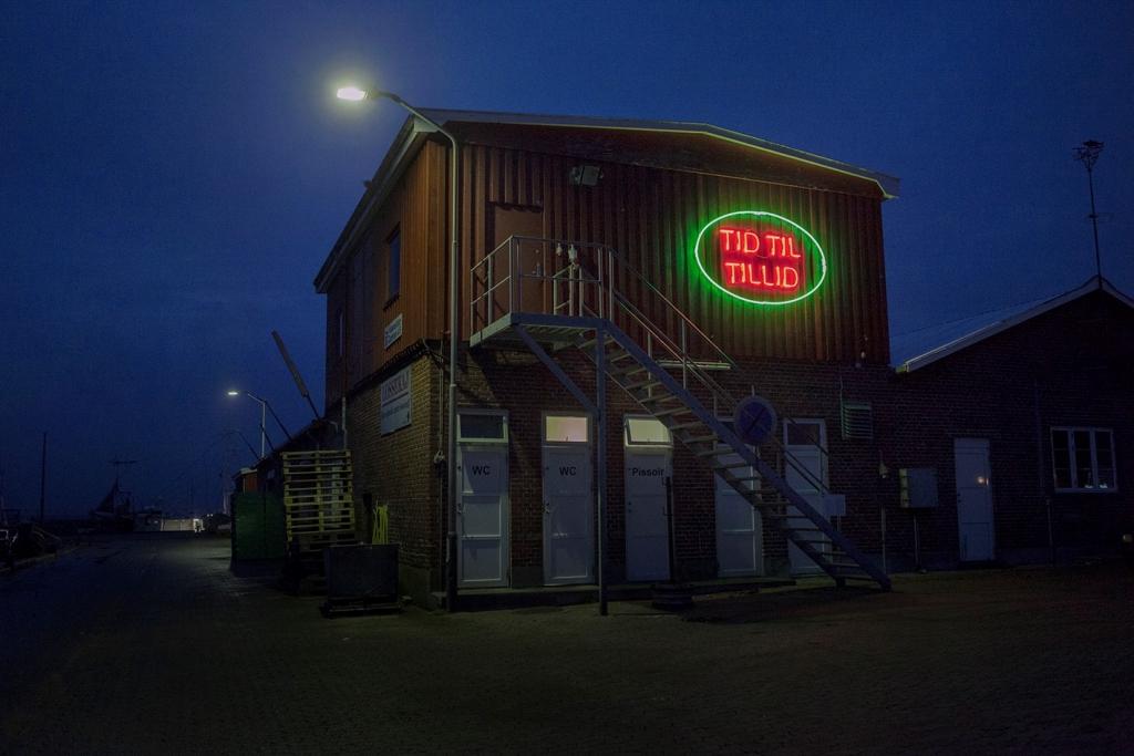 TID TIL TILLID Nordkystens Kunsttriennale 2016